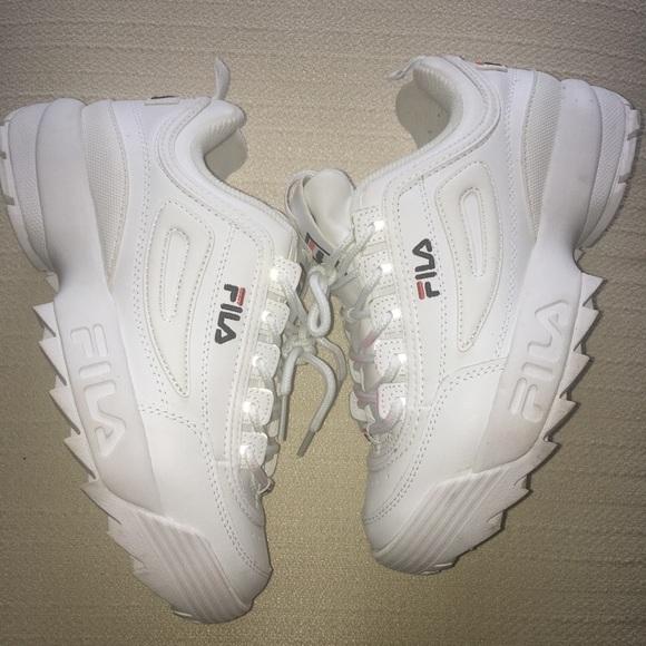 Womens Fila Disruptor Sneakers Size 9